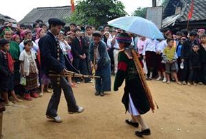 Festival du marché de l'amour de Khâu Vai à Hà Giang