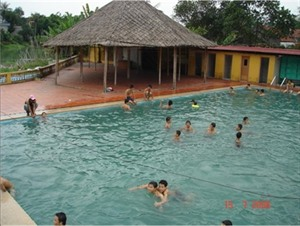 Une journée à la source deau thermale de Quang Ninh