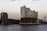 Une vue générale de la nouvelle salle de concert Elbphilharmonie à Hambourg, en Allemagne, le 2 janvier. La cérémonie d'ouverture de cet ouvrage aura lieu le 11 janvier. Photo : EPA/VNA/CVN