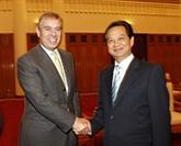 Le prince Andrew reçu par Nguyên Tân Dung