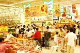 Soldes monstres dans les supermarchés à l'occasion du Têt