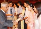 Dix ans de bourses Odon Vallet décernées aux jeunes talents français et vietnamiens