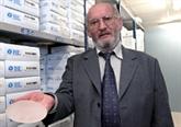France : le fabricant de prothèses mammaires défectueuses amorce sa défense