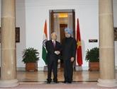 Nguyên Phú Trong s'entretient avec le Premier ministre indien