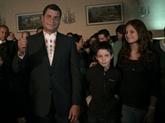 Correa proclame sa victoire à la présidentielle en Équateur