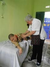 Lumières d'Asie au chevet  des enfants handicapés vietnamiens