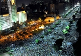 Incidents violents à Rio où ont manifesté 300.000 personnes