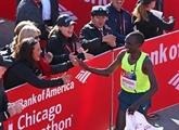 Marathon de Chicago : Kipchoge domine, Bekele craque
