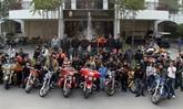 Club Harley Davidson de Hanoi :  virage dans l'humanitaire