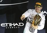 F1 : Lewis Hamilton, joli coup double dans le désert