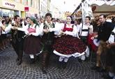 La jeunesse autrichienne s'enflamme pour son folklore