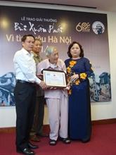 Prix Bùi Xuân Phai : Vu Tuân San reçoit le Grand prix