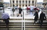 À Paris, la vie en noir