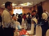 Exposition sur l'éducation américaine à Huê
