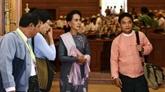 Myanmar : Aung San Suu Kyi au Parlement après sa victoire historique