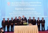 Signature d'un protocole d'accord de coopération dans les TIC