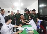 L'anniversaire de l'Armée populaire vietnamienne en R. tchèque, au Laos et au Mozambique