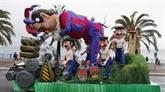 Clôture du Carnaval de Nice sous le soleil après un démarrage retardé