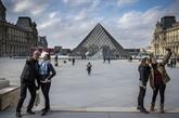Face à une affluence record, les grands musées du monde font leur mue