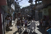 Manifestation après la mort de plusieurs personnes dans une favela de Rio