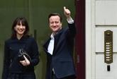Royaume-Uni : Cameron poursuit la formation de son gouvernement