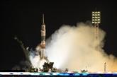 Trois astronautes en route pour l'ISS après le lancement d'un vaisseau spatial Soyouz