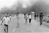 Photos de guerre : deux visions pour un même conflit