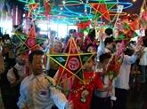 Nam Dinh, haut-lieu de la fabrication de lanternes étoilées
