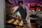 Gardiens des saveurs des gâteaux de la lune de Hanoi