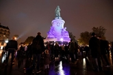 Un an après, la France rend un hommage dépouillé aux victimes des attentats