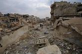 Des milliers de Syriens attendent la reprise des évacuations d'Alep