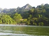 Ba Bê, le plus grand lac naturel du Vietnam