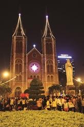 Les cloches de la cathédrale Notre-Dame de Saïgon