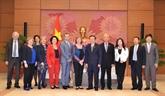 Le Vietnam et la France renforcent leur coopération parlementaire