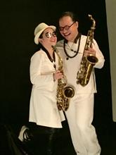 Saxophone : Trân Manh Tuân sort deux albums simultanément
