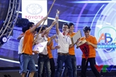 L'Université Lac Hông domine le concours Robocon Vietnam 2016