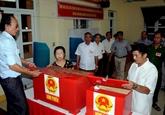 Le journal lao démasque des complots contre le Vietnam