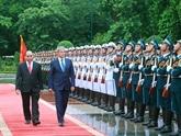 Intensifier les relations d'amitié traditionnelle et de coopération Vietnam-Roumanie