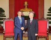 Le Premier ministre roumain reçu par les chefs du Parti et de l'État