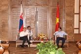 Le Premier ministre slovaque se rend à Dà Nang