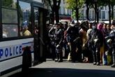 Près de 800 migrants évacués de campements dans le nord de Paris