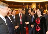 La présidente de l'AN Nguyên Thi Kim Ngân reçoit des diplomates en mission à l'étranger