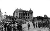 La Révolution d'Août vue par trois historiens de l'Occident