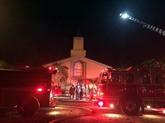 La mosquée fréquentée par le tueur d'Orlando incendiée