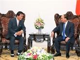 Le Premier ministre Nguyên Xuân Phuc reçoit l'ambassadeur spécial Vietnam-Japon
