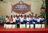 Du lait pour les enfants de la province de Nghê An