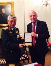 Vietnam-Royaume-Uni : promotion des relations de coopération dans la défense