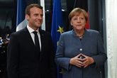 Macron retrouve Merkel à Francfort pour célébrer le livre
