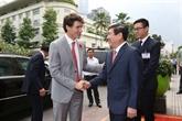 Le PM canadien quitte HCM-Ville pour le Sommet de l'APEC à Dà Nang