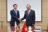 Le vice-PM Truong Hoà Binh en visite en République de Corée